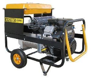 Бензиновый генератор 15 кВт AYERBE AY 20000 VE